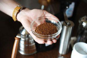 Kaffeebohnen grob gemahlen