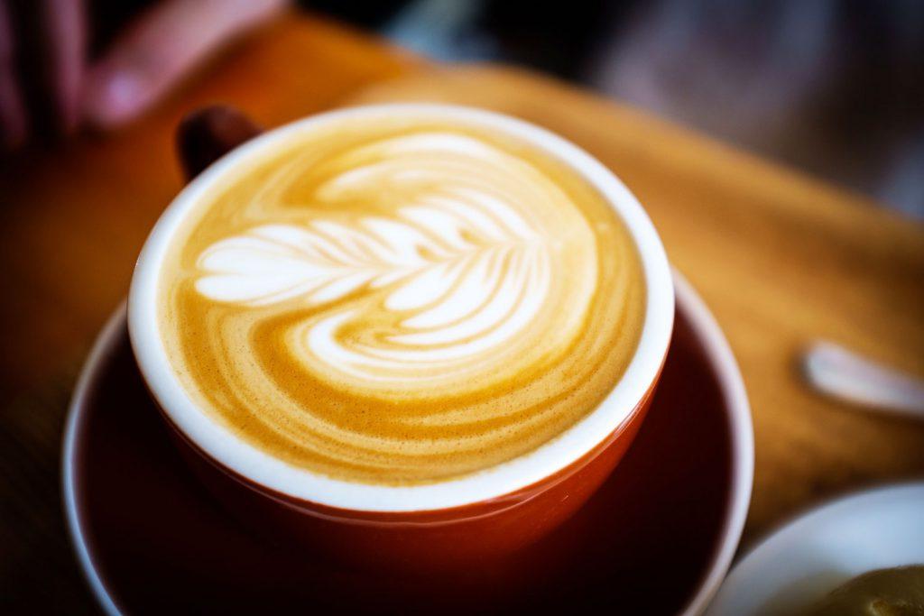 611a94a59d Latte Art – trendige Kunst aus Espresso und Milchschaum -